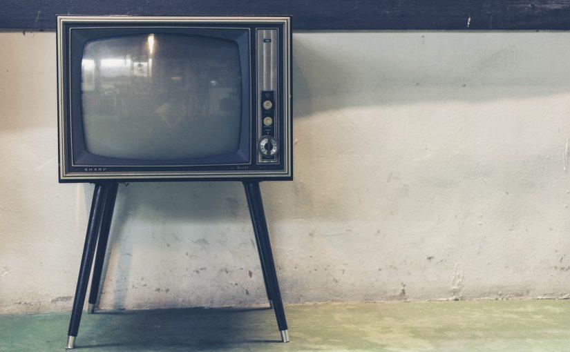 Wieczorny relaks przed tv, lub niedzielne filmowe popołudnie, umila nam czas wolny oraz pozwala się zrelaksować.
